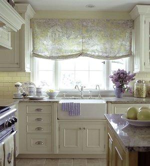 Лиловый интерьер кухни