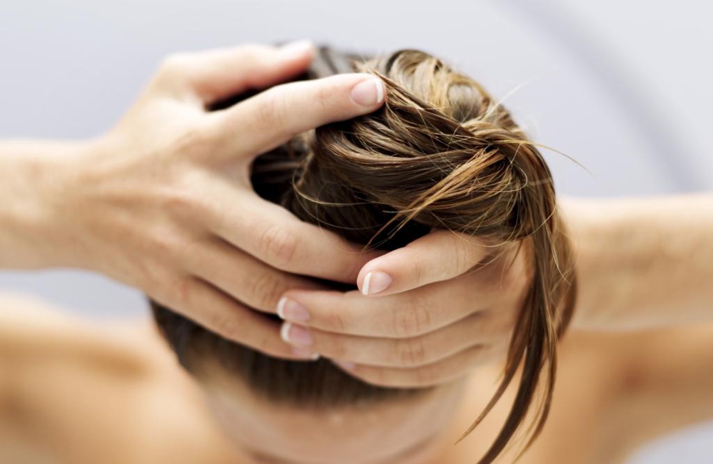 О пользе меда для волос