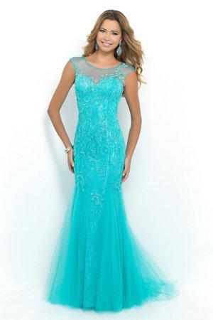 голубое вечернее платье