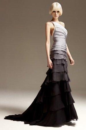Платье от серого к черному