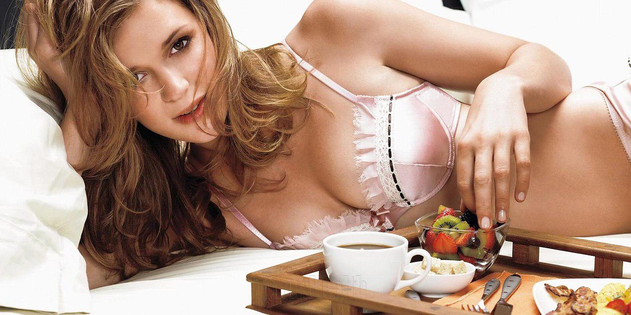 eroticheskoe-deystvie-silniy-zhenskiy-afrodiziak