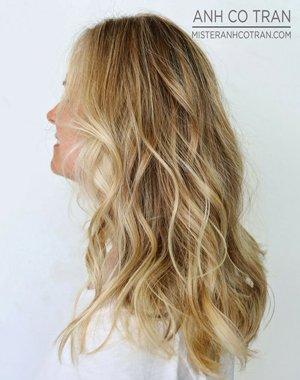 Фламбояж на светлые волосы