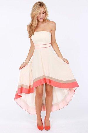Платья для женщин маленького роста