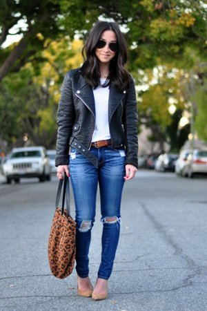Рваные джинсы с курткой-косухой