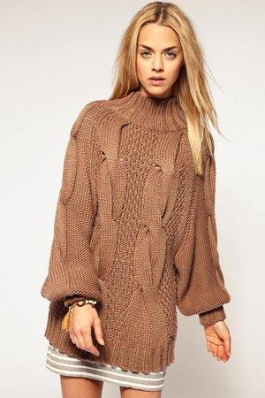 Крупный узор на свитере
