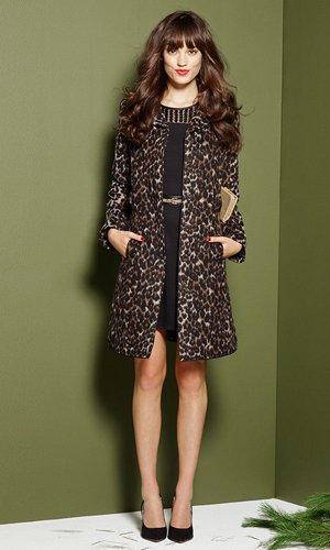 Элегантное леопардовое пальто