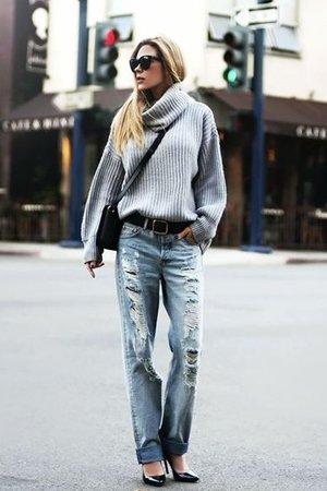 Серый свитер на каждый день