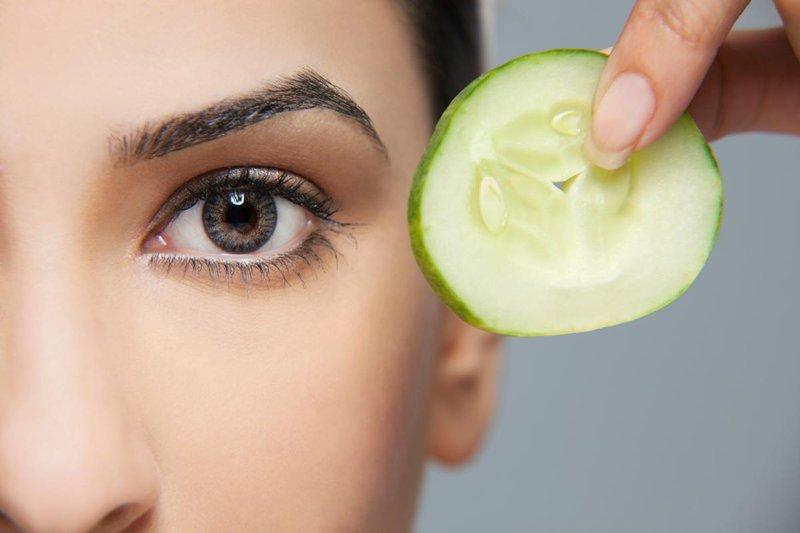 Маска для кожи лица и глаз в домашних условиях