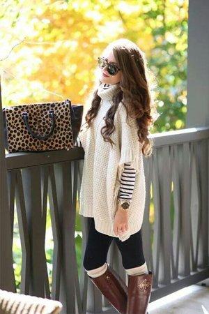 Широкий длинный свитер повседневный