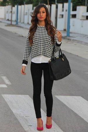 Белая блузка с джемпером