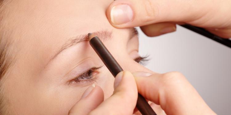 косметика для макияжа бровей