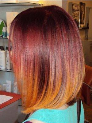 Цветовой переход на волосах