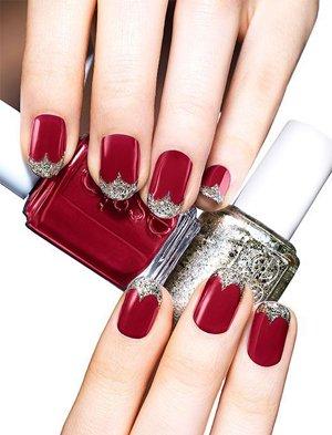Красный цвет ногтей с серебряным
