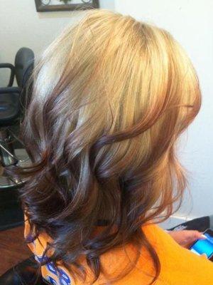 Окрашивание светлых волос в омбре