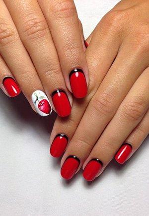Красный лак на ногтях фото
