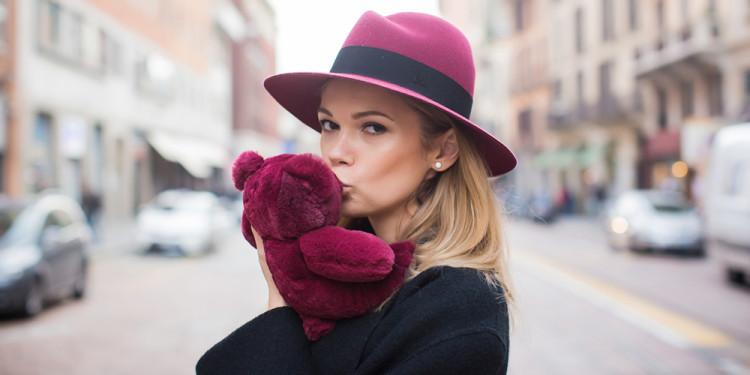 с чем носить женские шляпы
