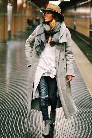 Женская шляпа в мужском стиле