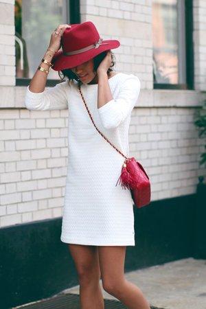 Сочетание аксессуаров с платьем
