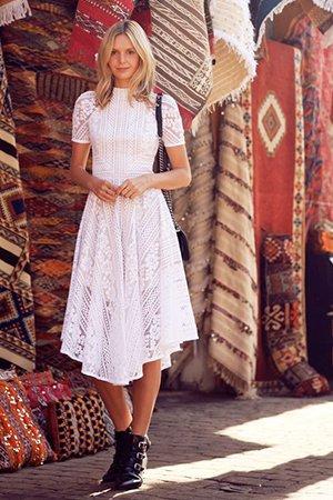 Модный образ с платьем миди