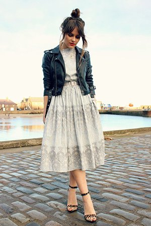 Платье миди с косухой