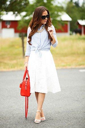 Рубашка с белой юбкой