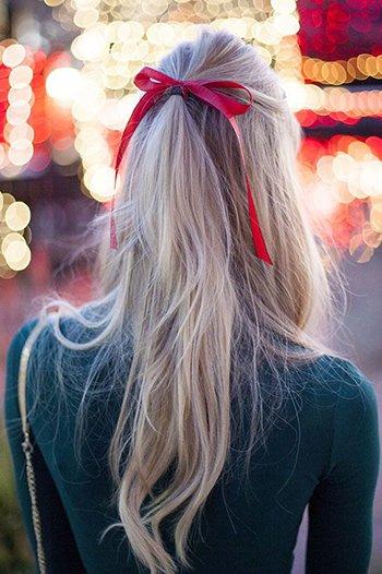 Прическа с лентой в волосах