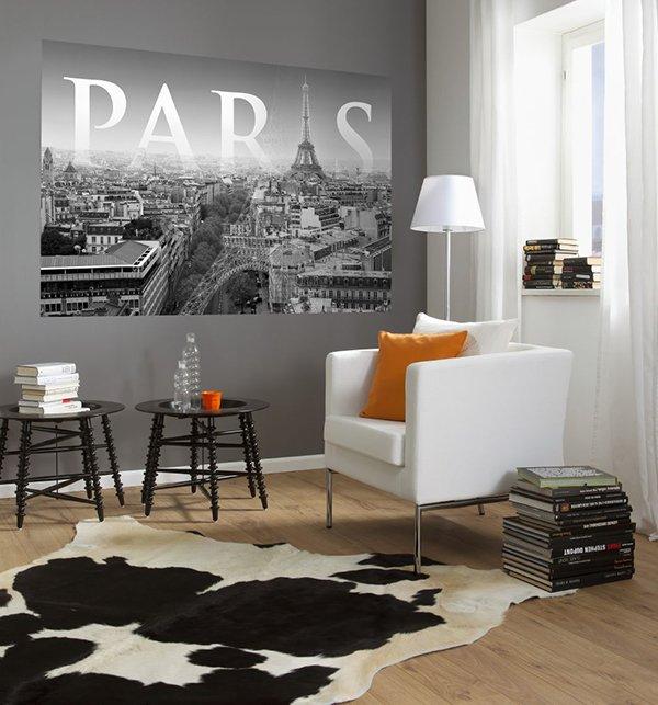 Постер в квартире