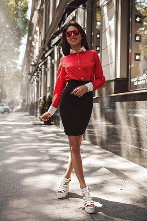 Сочетание красного и черного в одежде