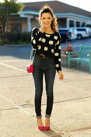 Короткая кофта со свитером