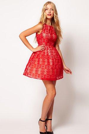 Фото короткого красного платья