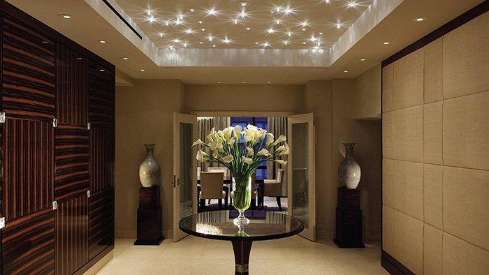 Потолок со светодиодами