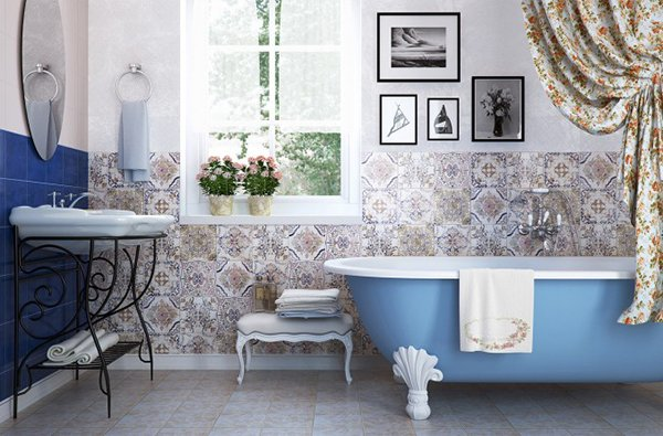 Цветочный узор в ванне