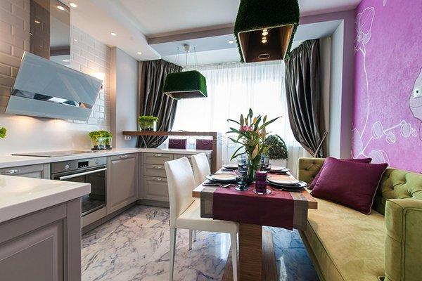 Шторы на кухне совмещенной с балконом