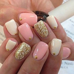 Комбинация лаков для ногтей и узоров