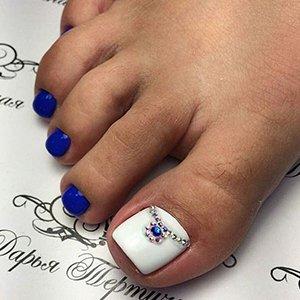 Рисунки на ногтях стопы
