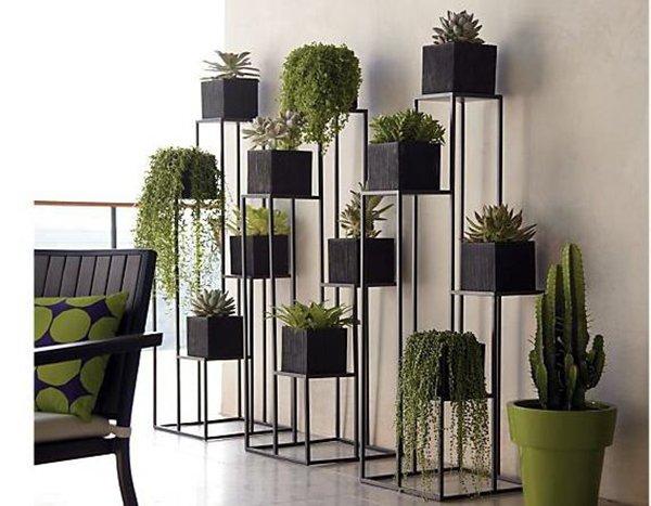 Высокая широкая подставка под растения