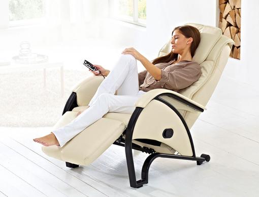 Некоторые модели массажного кресла имеют множество программ. Вы можете подобрать подходящую программу с помощью пульта или приборной панели.