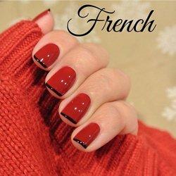 Стильный французский маникюр