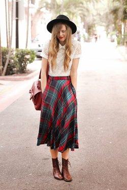 Комплект юбки с кофтой