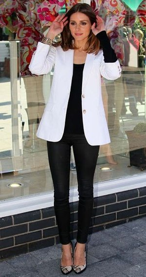 Белое с черным в одежде