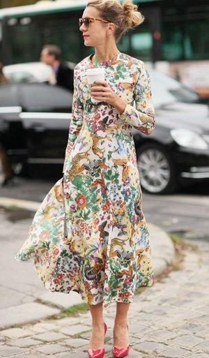 Платье в мелкий цветочек