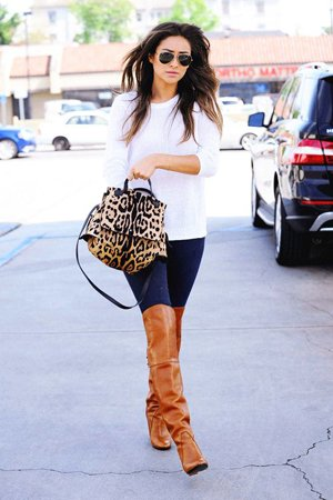 Комплект повседневной одежды в леопардовой сумкой