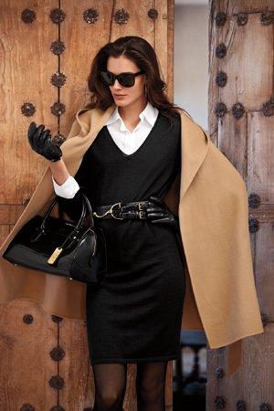Деловой образ с черным платьем