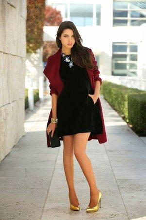 Коктейльное черное платье