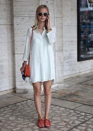 Платье оверсайз в пижамном стиле