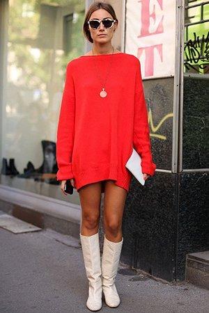 Красное объемное платье