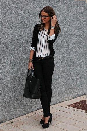 Рубашка в полоску в сочетании с жакетом