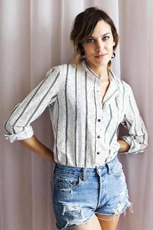 Рубашка в полоску с шортами