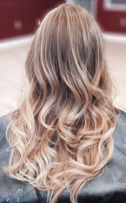 Натурально-пепельный цвет волос