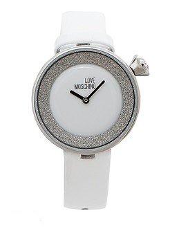 Женские часы белого цвета